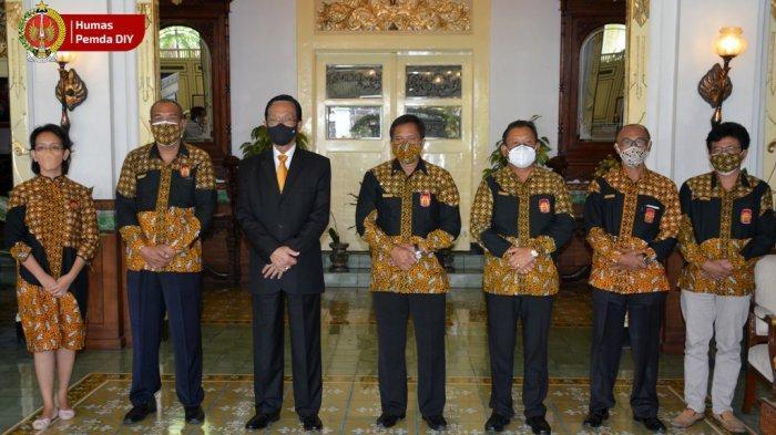 KONI DIY Laporkan Perkembangan Kontingen Jelang PON Kepada Sri Sultan Hamengku Buwono X