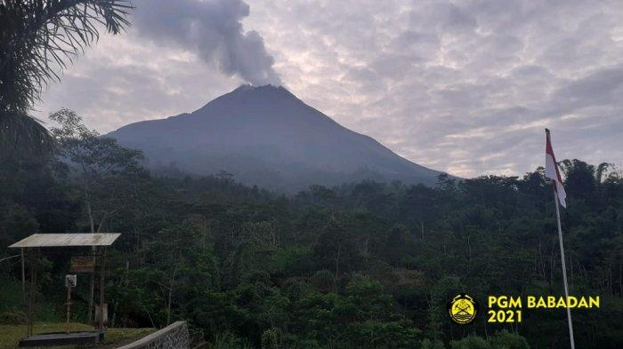 Gunung Merapi Keluarkan 29 Kali Lava Pijar dengan Jarak Maksimum 800 Meter pada Senin Pagi