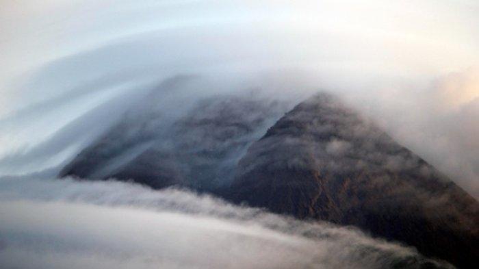 BPPTKG: Kamis Pagi, Gunung Merapi Alami Guguran Sejauh 800 Meter