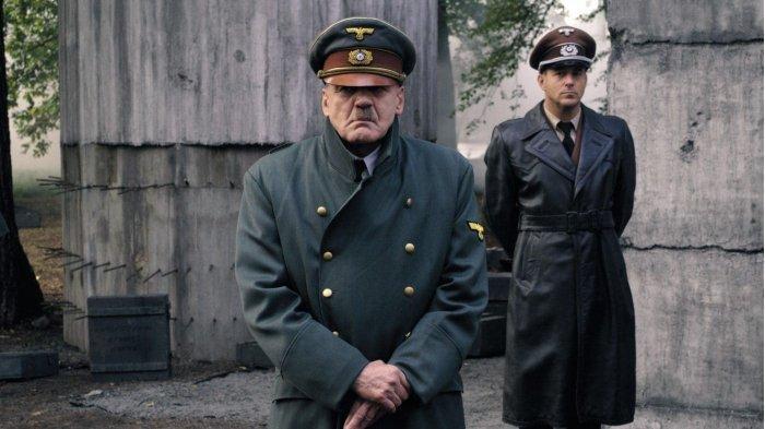 KISAH HARI-HARI AKHIR ADOLF HITLER : Kabar Pengkhianatan Himmler Mengguncang Seisi Bunker