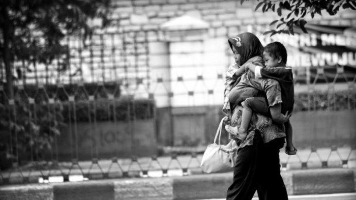Hari Ibu Tahun 2017, Berikut Lima Puisi Mengharukan untuk Ibu Tercinta