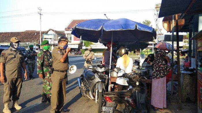 Hari Pertama Ramadan, Petugas Gabungan Gelar Patroli Simpatik di Pasar Sore Ramadan Bantul