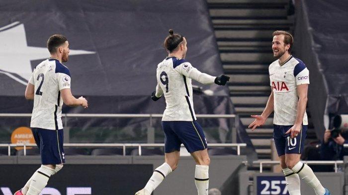 Harry Kane dan Gareth Bale selebrasi di Liga Inggris Tottenham Hotspur vs Crystal Palace