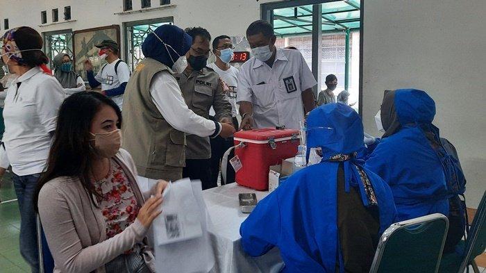 Alumni SMAN 1 Teladan Gelar Vaksinasi Massal, Sasar Kalangan Pelajar di Kota Yogyakarta