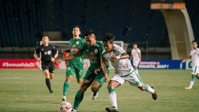 PSS Sleman vs Persebaya Surabaya.