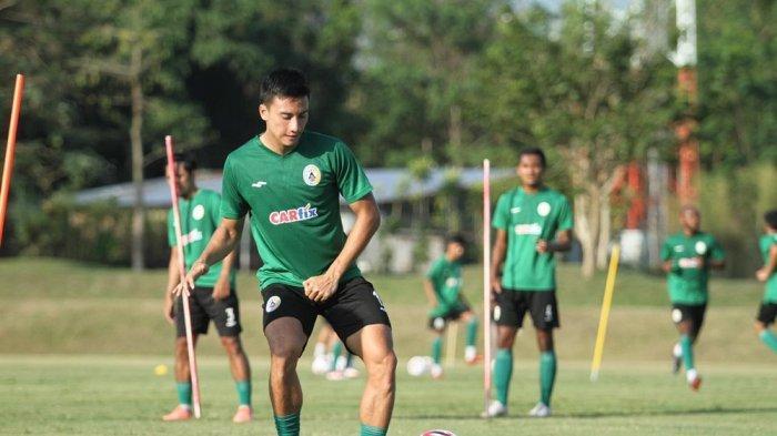 Pemain PSS Sleman, Dendi Agustan Isi Libur Lebaran Sambil Kelarkan Urusan Kuliah