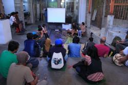 Hindra Setya Rini Hasilkan Koteklema dan Ksatria Laut Lamalera