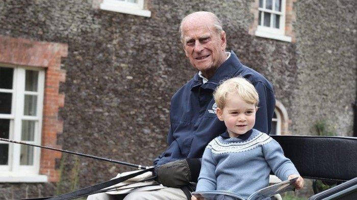 Prince Philip dan Prince George of Cambridge