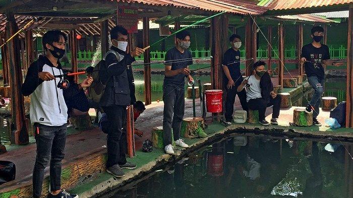 Peringati Hari Pahlawan, Astra Motor Yogyakarta Ajak Komunitas Motor Ikut Lomba Memancing