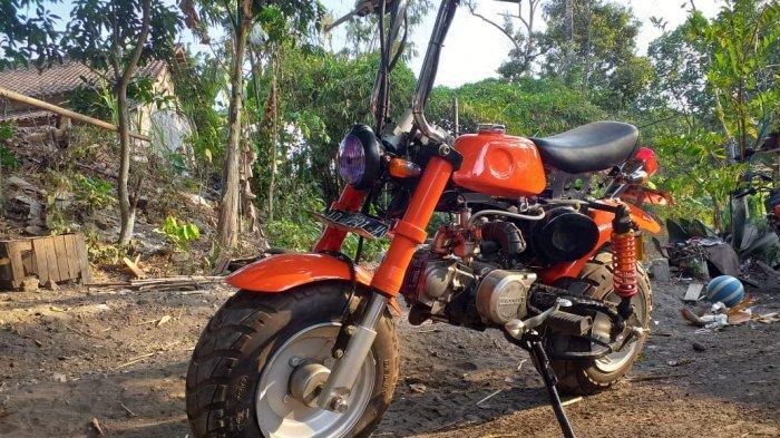 Gaspol 52 : Honda Monkey Basic Astrea Prima,Kepincut Desain Mungil