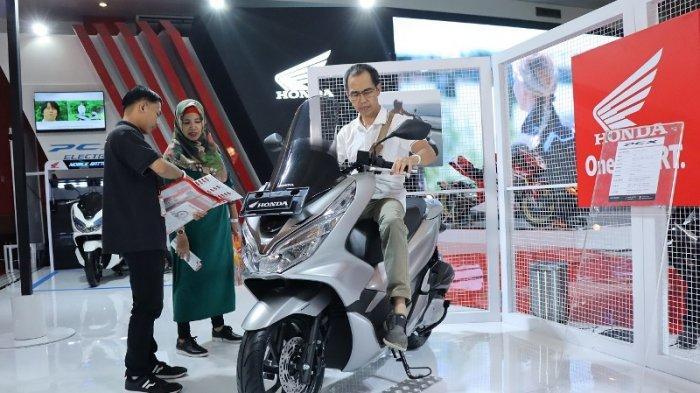 Skutik CC Besar Kalahkan Tren Motor Sport di Showroom Motor Bekas Ini