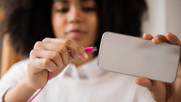 HP Masa Pakai Baterai Terbaik 2021: iPhone, Samsung, OnePlus, Xiaomi, Motorola