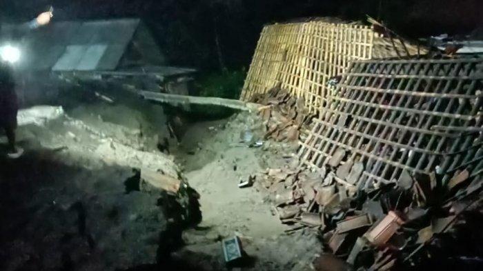 Hujan Deras Akibatkan Longsor pada Tebing Tinggi dan Rumah di Magelang
