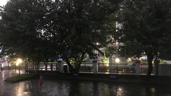 Hujan deras mengguyur Kota Yogyakarta