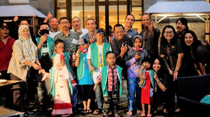 Hyatt Regency Yogyakarta Berbagi Kasih dengan YKAKI