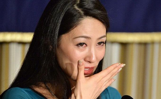 Mantan Ratu Kecantikan Jepang Diancam Yakuza