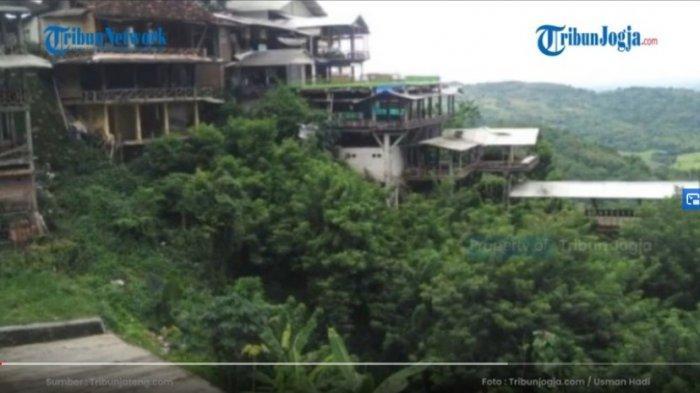 ILUSTRASI KELIRU dalam pemuatan berita video tentang warung viral di kawasan Bukit Bintang. Ilustrasi ini dinilai bisa mengarahkan interpretasi pembaca terhadap warung tertentu yang dalam hal ini bukanlah warung yang dimaksud dalam pemberitaan