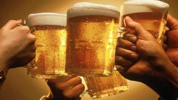 Ini Efek Mematikan Minum Miras Terlalu Banyak : Dari Mabuk Hingga Risiko Keracunan Alkohol
