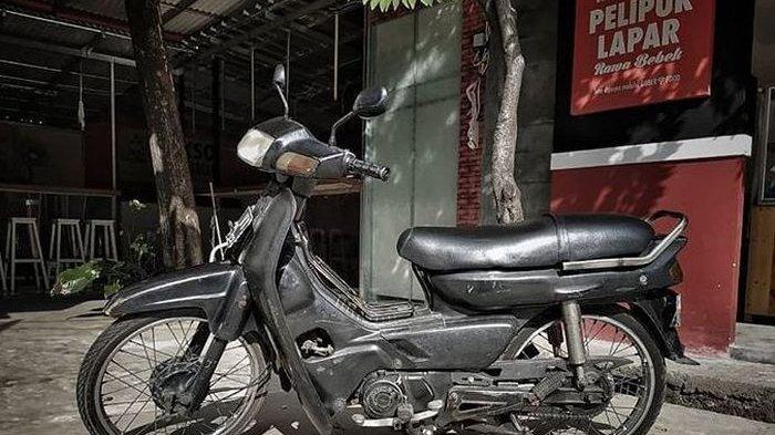 Inilah Honda Astrea Grand yang Dipakai Tisna Tukang Ojek Pengkolan