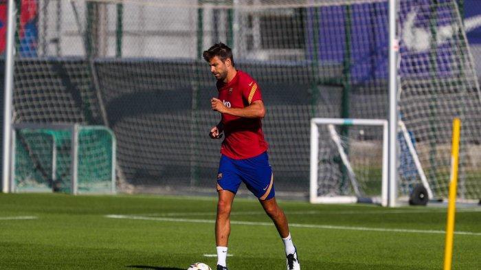 Gerard Pique ikut latihan perdana Barcelona Bersama Ronald Koeman