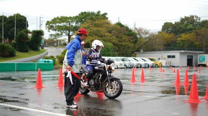 Jaga Tradisi, Instruktur Safety Riding AHM Kembali Raih Juara di Jepang