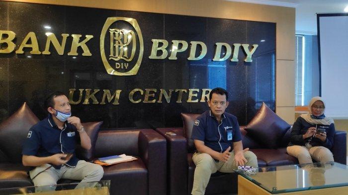 Dirut Bank BPD DIY: Garda Terdepan dalam Penerimaan Daerah.