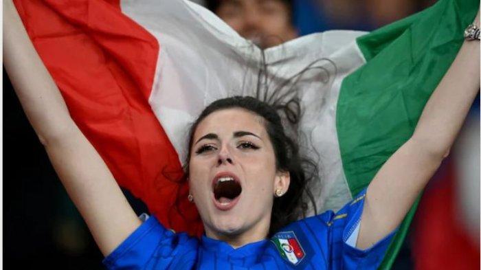Italia mendapatkan tiket mereka di perempat final Euro 2020 saat menang melawan Austria, Minggu (27/6/2021).