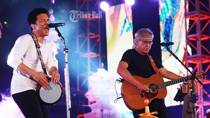 Iwan Fals Nyanyikan lagu Anyar Khusus untuk OI Bali