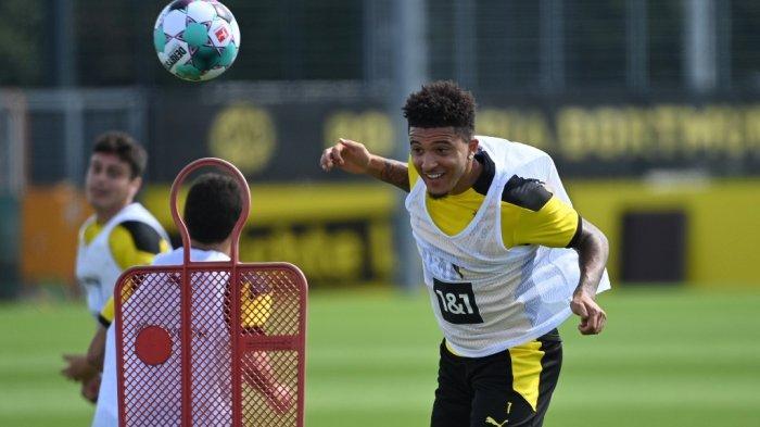 Jadon Sancho dari Borussia Dortmund menghadiri sesi latihan tim Bundesliga divisi pertama Jerman Borussia Dortmund di tempat latihan tim di Dortmund, Jerman barat, pada 3 Agustus 2020.