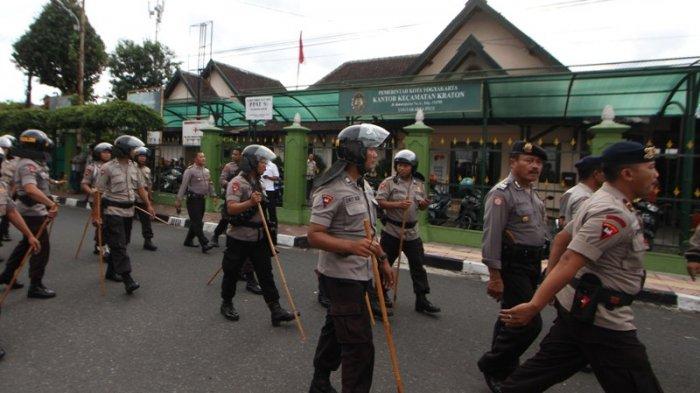 Rekapitulasi Suara di Kecamatan Kraton Sempat Memanas, Polisi Langsung Bersiaga