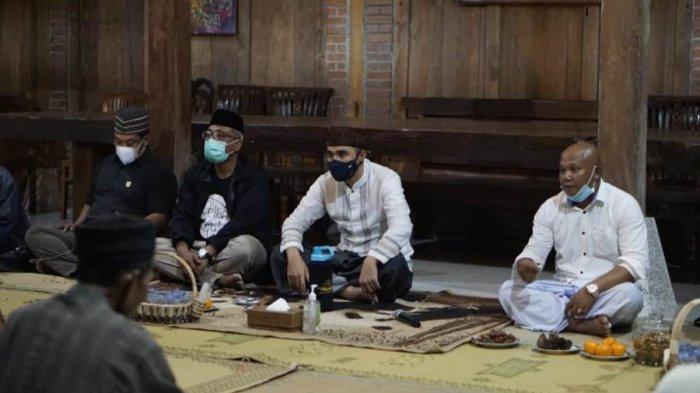 Jagongan Kalurahan, Kanjeng Yudanegara Serap Aspirasi Warga Kalurahan Ngloro Hingga Serahkan Bantuan