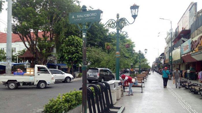 PERHATIAN ! Wisatawan di Jalan Malioboro Yogyakarta Hanya Boleh Merokok di Titik-titik Ini Saja