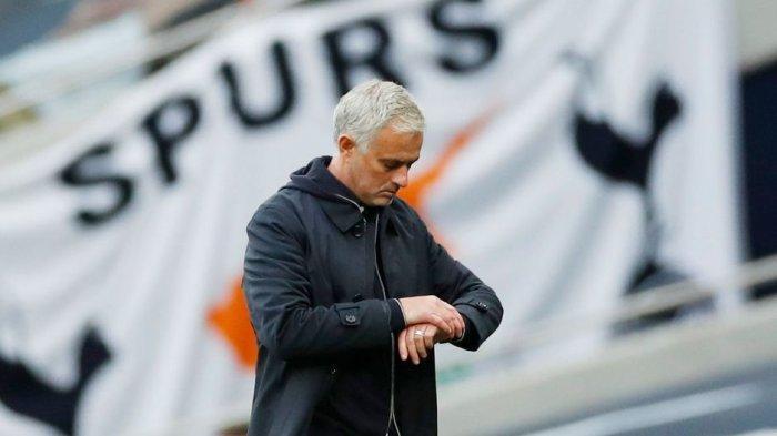Prediksi West Ham vs Tottenham Hotspur Akhir Pekan Ini Live di MOLA TV