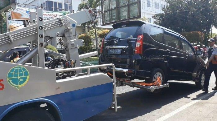 Jelang Kelahiran Cucu Presiden Jokowi, Dishub Sterilisasi Parkir di UGD PKU Solo, Satu Mobil Diderek