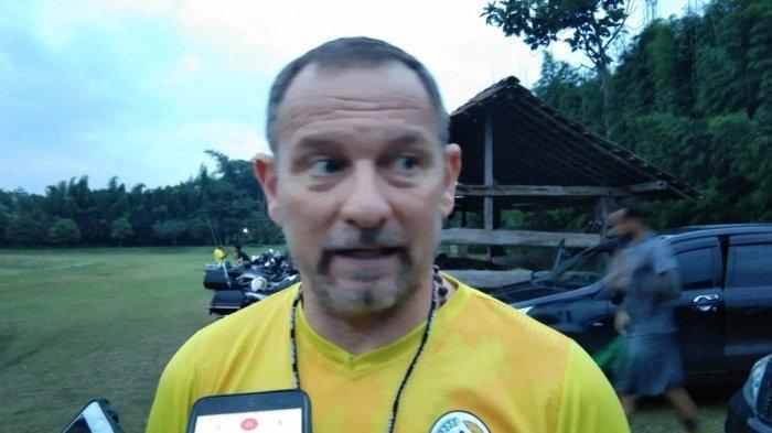 Ini Komentar Pelatih PSS Sleman Dejan Antonic Setelahnya Timnya Dikalahkan Persib Bandung