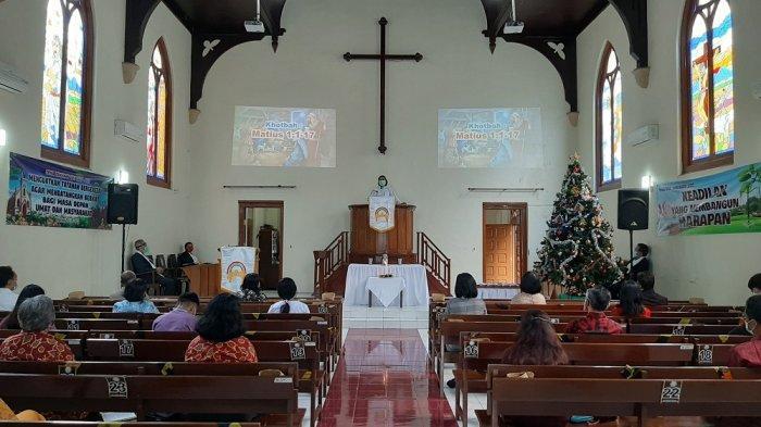 Jemaat Dibatasi, Protokol Diterapkan, Ibadah Natal di Kota Magelang Berjalan Khidmat