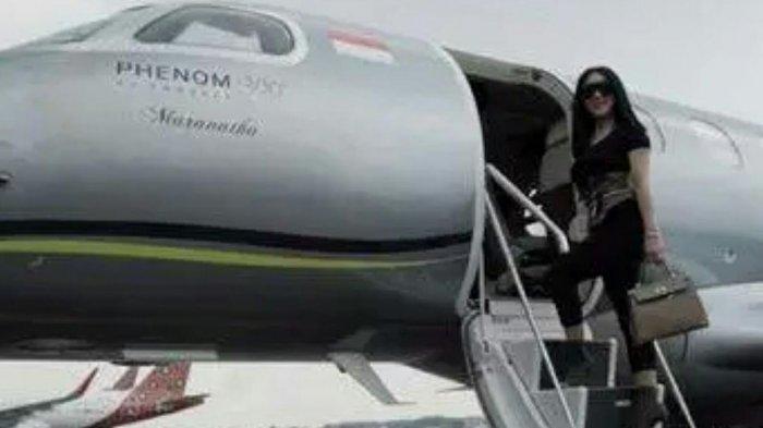 Rasa Penasaran Hotman Paris Tentang Jet Pribadi Syahrini Akhirnya Terbongkar