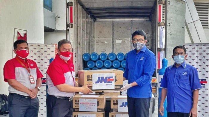 JNE Galang Donasi dan Kirim Tabung Oksigen Gratis untuk Rumah Sakit