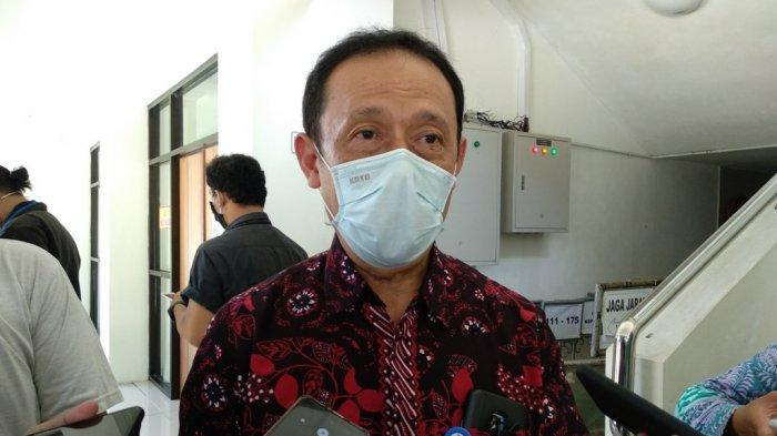 Kepala Dinas Kesehatan Kabupaten Sleman, Joko Hastaryo memberikan keterangan pada wartawan, Kamis (05/11/2020)