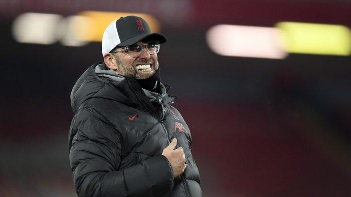 Jurgen Klopp saat Liga Premier Inggris Liverpool vs Wolverhampton di Anfield 6 Desember 2020.