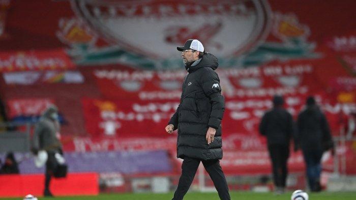 Manajer Liverpool Jurgen Klopp setelah peluit akhir pertandingan Liga Premier Inggris antara Liverpool dan Chelsea di Anfield di Liverpool, Inggris, Jumat 5 Maret 2021.