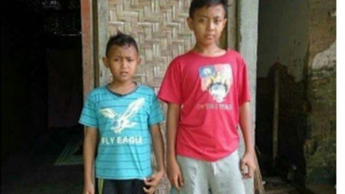 Kakak-Beradik di Trenggalek Ini Jalani Hidup Berdua di Rumah Bambu yang Sederhana
