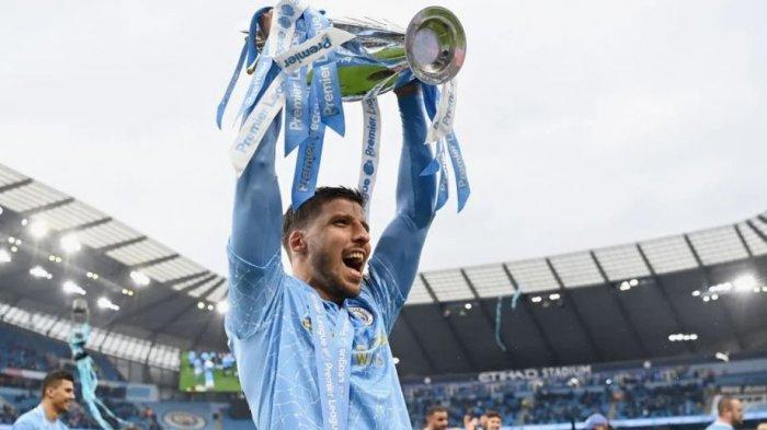 Kalahkan Pemain MU, Spurs, Chelsea, Liverpool, Bek City Ini Jadi Pemain Terbaik Liga Inggris