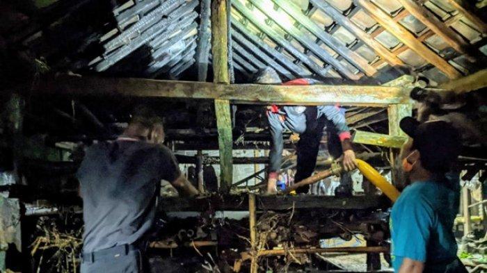 Kandang Kambing Milik Warga di Karangmojo Gunungkidul Nyaris Ludes Terbakar