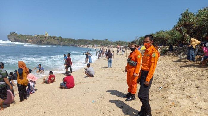 Basarnas Yogyakarta Siagakan Personel di Objek Wisata Pantai Selatan DIY