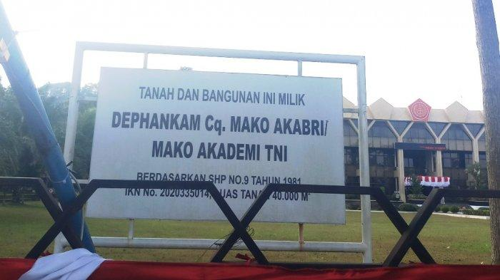 Kantor Pemkot Magelang Dipasangi Logo TNI, Walkot SebutPertanda Tanah Masih Jadi Polemik