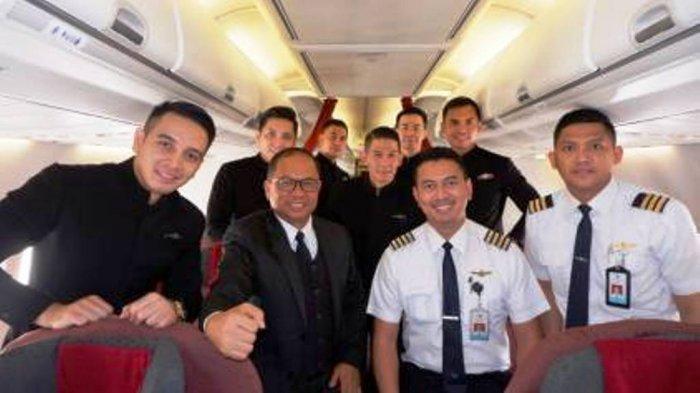 Garuda Indonesia Gelar Kartini Flight yang Diawaki Kru Pesawat Pria