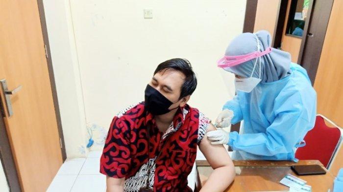 Program Vaksinasi Covid-19 untuk Seluruh Karyawan Bank BPD DIY Cabang WatesDigelar di RSUD Wates