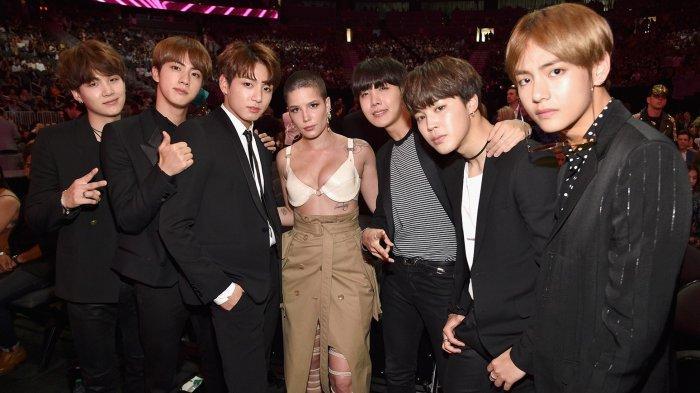 Kebersamaan BTS dan Halsey