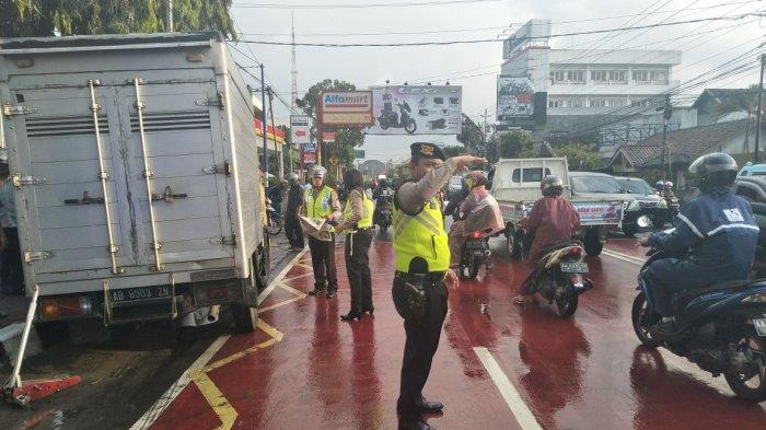 Kecelakaan Karambol di Kota Magelang, Satu Orang Pengendara Sepeda Motor Tewas Terlindas Truk Boks